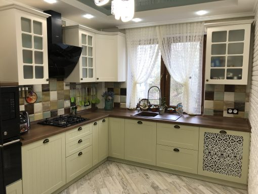 кухня на заказ модерн зеленая