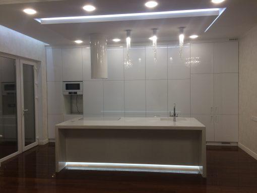 кухня модерн мрамор
